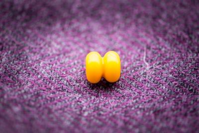 Náhled výrobku: Dvojdílný žlutý korálek